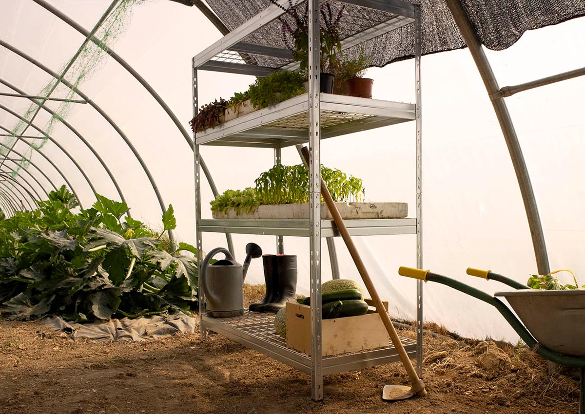 wire rivet shelving for greenhouse video